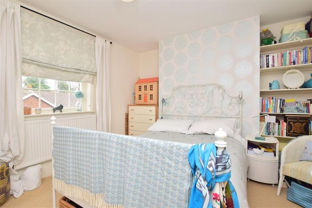 Bedroom 1 of Preston Grove, Faversham, Kent ME13