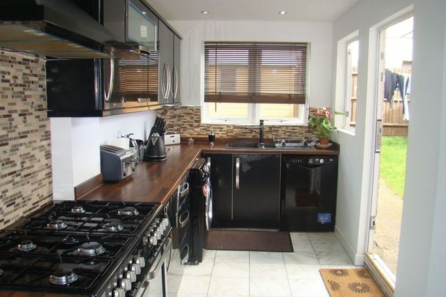 Thumbnail Terraced house to rent in Henry Street, Chatham