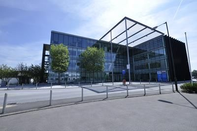 Thumbnail Office to let in Part Ground Floor, 3 City Place, Beehive Ring Road, Gatwick, West Sussex