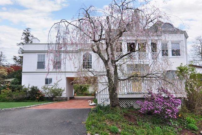 Apartment for sale in 68 Gard Avenue Bronxville, Bronxville, New York, 10708, United States Of America