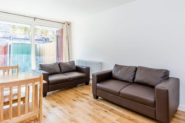 Thumbnail Property to rent in Berkeley Walk, London