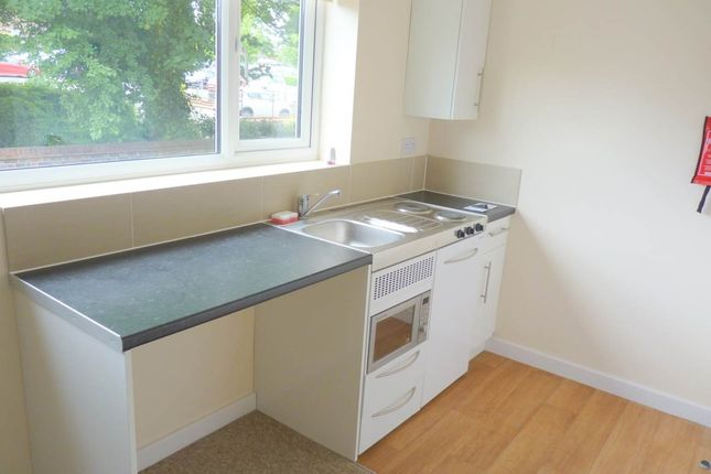 1 bed flat to rent in High Street, Haverhill, Suffolk CB9