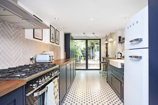 Thumbnail Terraced house for sale in Kenton Road, Victoria Park, London