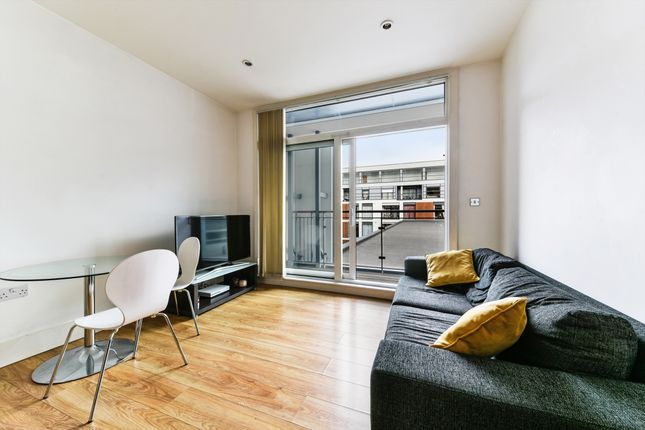 Living Room of Cornell Square, Vauxhall, London SW8