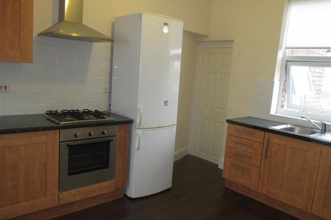 Thumbnail Flat to rent in Bedford Road, Rock Ferry, Birkenhead