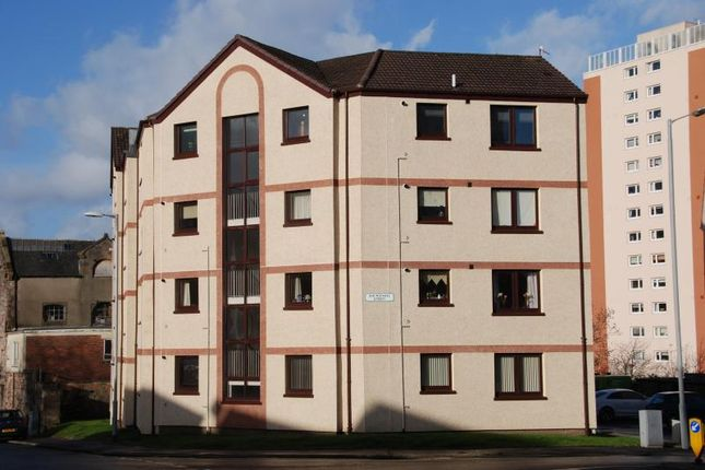 Thumbnail Flat to rent in Sir Michael Street, Greenock
