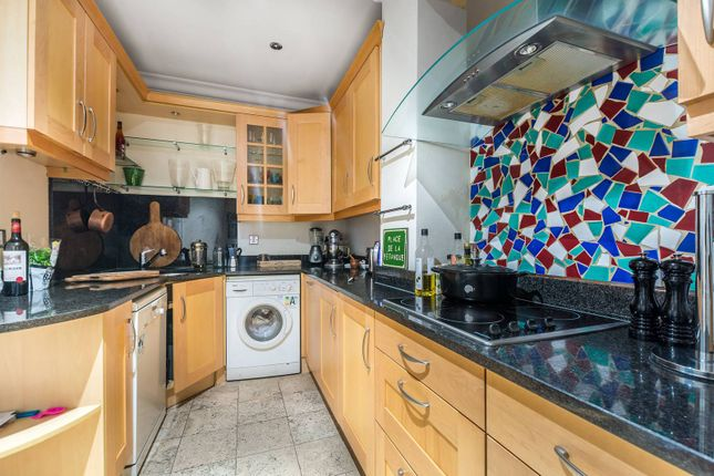 Gloucester terrace bayswater w2 2 bedroom flat for sale for 18 leinster terrace london w2 3et