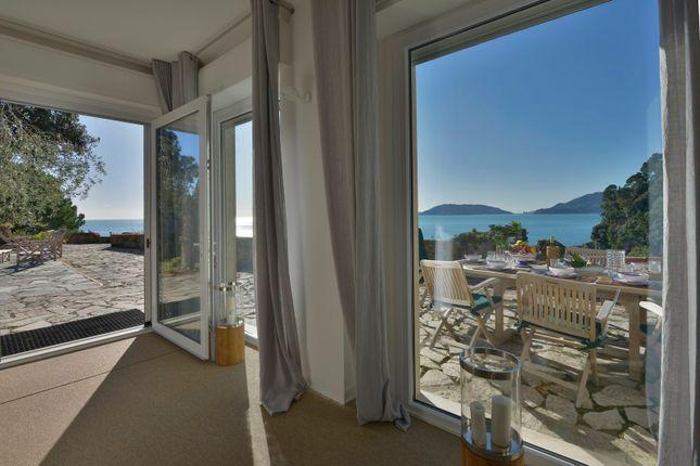 Thumbnail Semi-detached house for sale in Salita Al Castello, 6, Lerici, La Spezia, Liguria, Italy