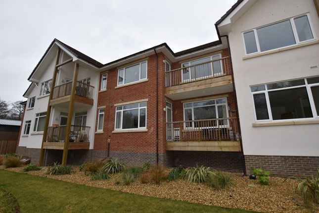 Thumbnail Flat for sale in 6 Medway House, Charters Village, East Grinstead, West Sussex
