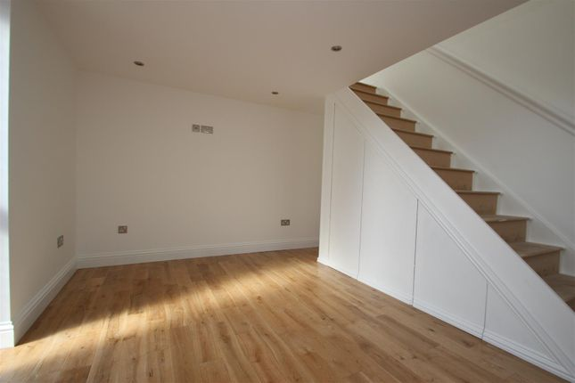 1 bed flat to rent in Stanmore Hill, Stanmore HA7