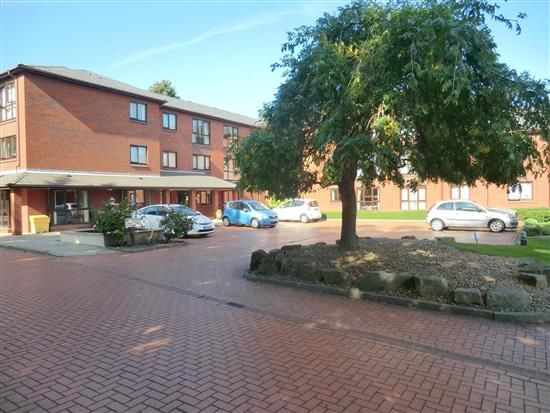Thumbnail Flat to rent in The Fountains, Ormskirk