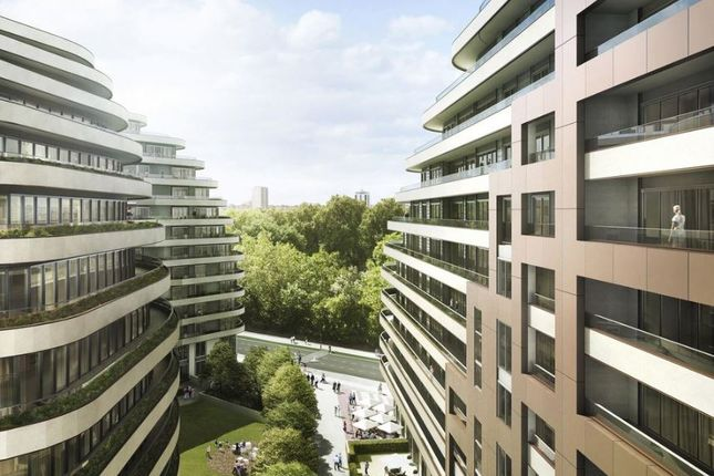 Thumbnail Flat for sale in Battersea, London