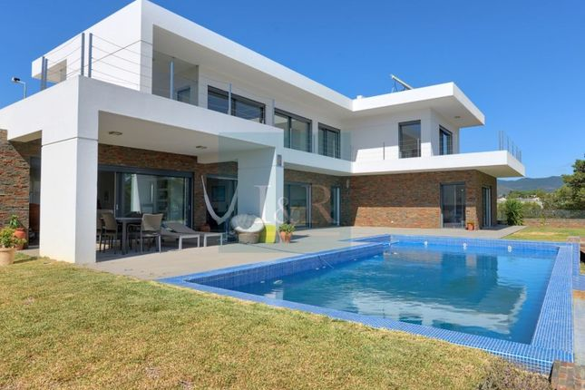 Thumbnail Detached house for sale in Quinta Das Patinhas (Cascais), Cascais E Estoril, Cascais