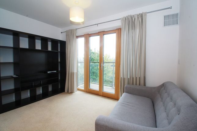 Flat to rent in Ainsworth Court, 14 Plough Close, Kensal Green