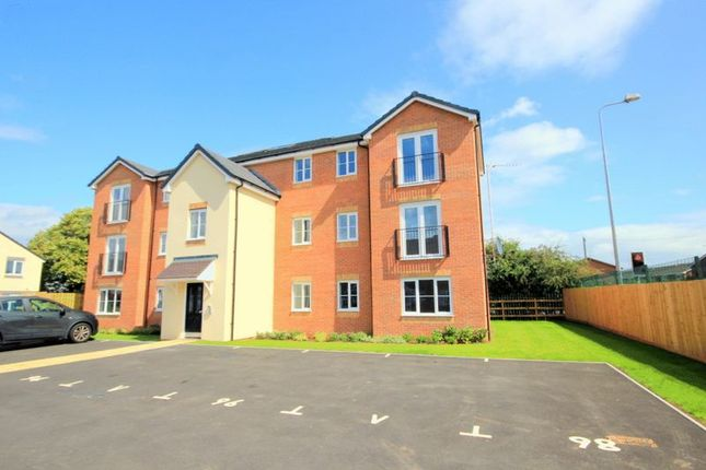 Thumbnail Flat for sale in Millers Reach, Stone