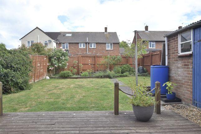 Decking/Rear Garden