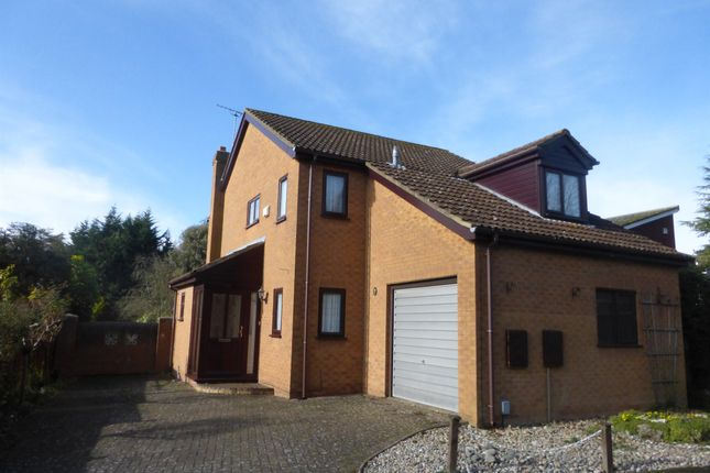 Thumbnail Detached house for sale in Daltry Road, Stevenage