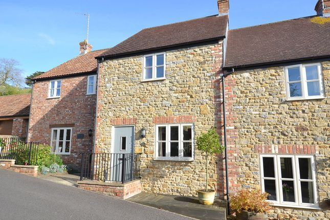 2 bed terraced house for sale in Wincanton, Somerset