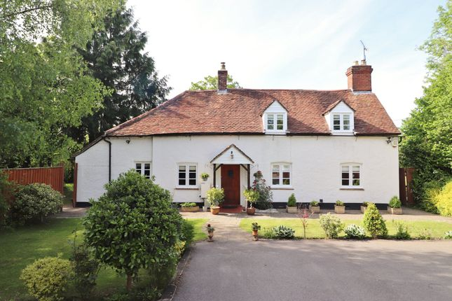 Thumbnail Cottage for sale in Upham Street, Upham, Southampton