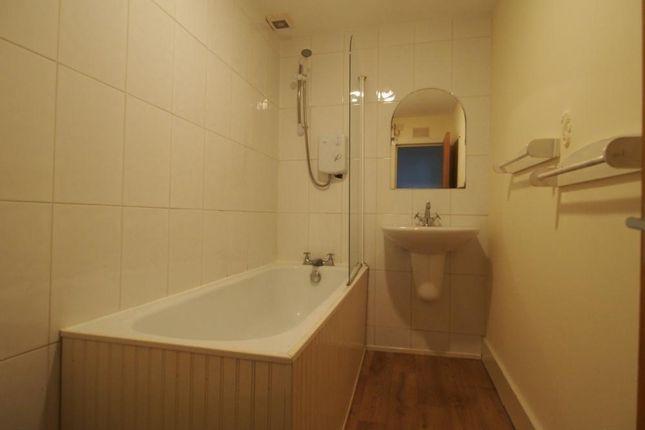 Bathroom of Union Street, Flat AB11