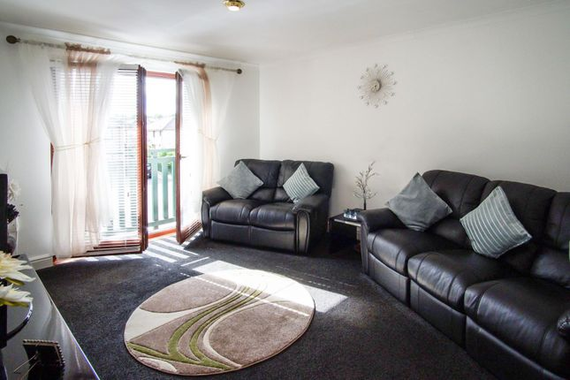 Lounge of Rodd Road, Dundee DD4