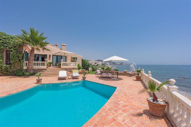 Thumbnail Villa for sale in Calahonda, Mijas Costa, Malaga Mijas Costa