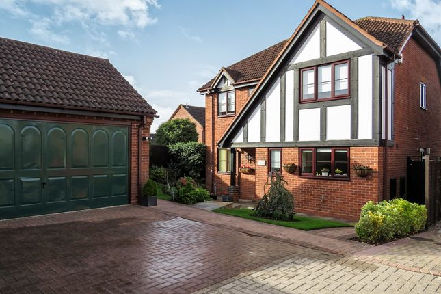 Thumbnail Detached house for sale in Drovers Way, Southam