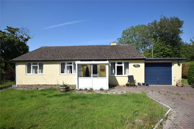 Thumbnail Bungalow for sale in Llanbrynmair, Powys