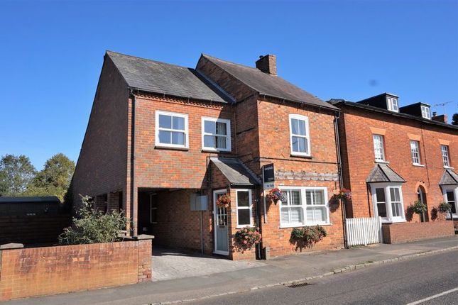 Thumbnail Detached house for sale in High Street North, Stewkley
