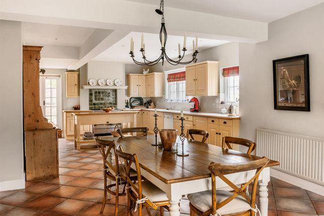 House. Estate Agency Cranleigh Kitchen / Breakfast