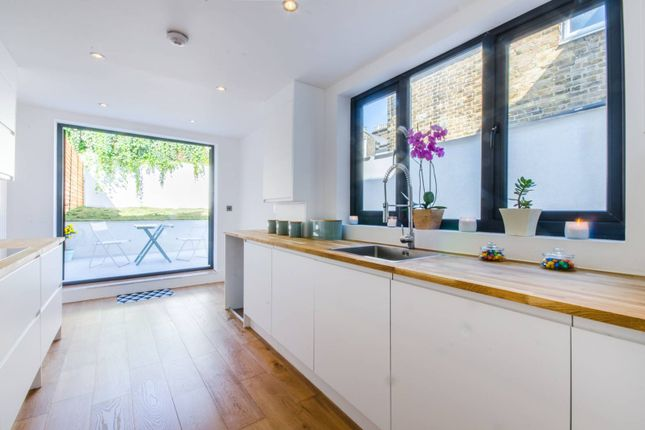 Thumbnail Terraced house to rent in Elswick Road, Lewisham