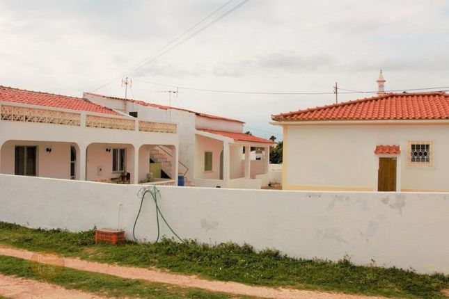 10 bed detached house for sale in Guia, Guia, Albufeira