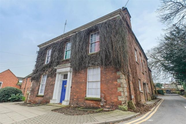 Thumbnail Flat to rent in The Butts, Warwick, Warwickshire