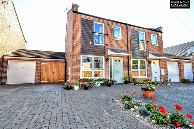Thumbnail Property for sale in Berberis Way, Grimsby