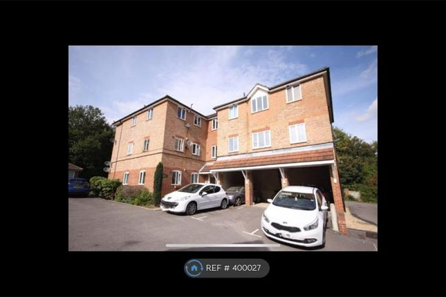 2 bed flat to rent in Aintree Court, Whiteley, Fareham