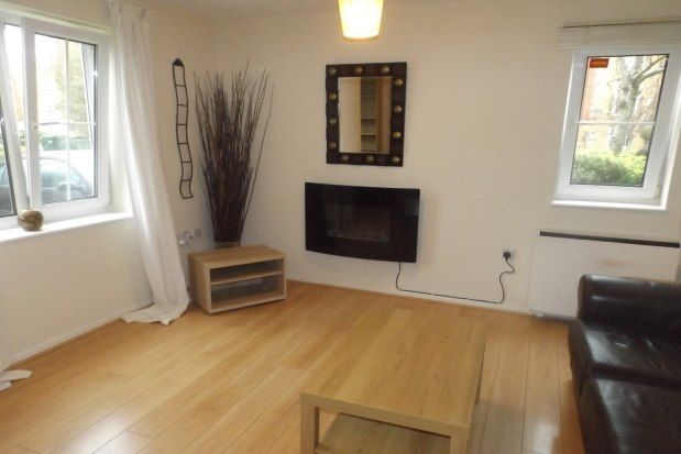 2 bed flat to rent in Cory Place, Cardiff CF11