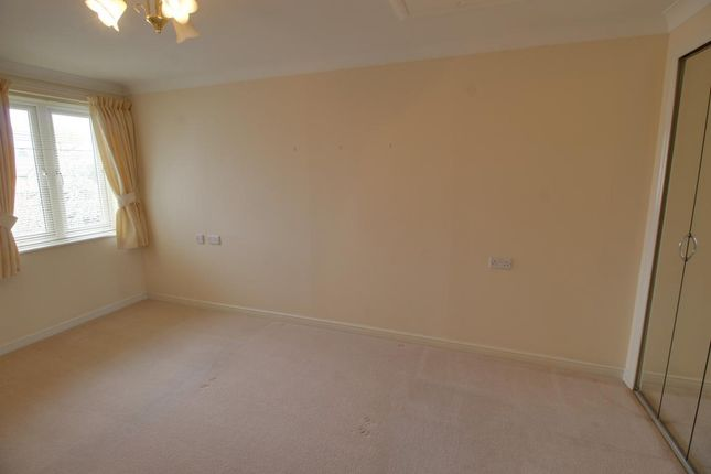 Room 6 of Reeves Court, 71 Frimley Road, Camberley, Surrey GU15