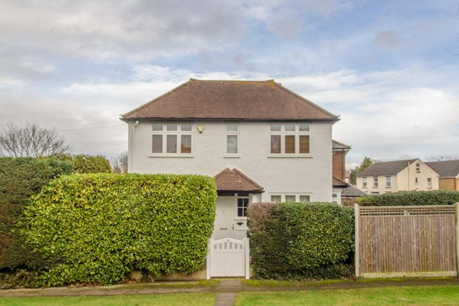 2 bed detached house to rent in Cornwall Avenue, Claygate, Esher KT10