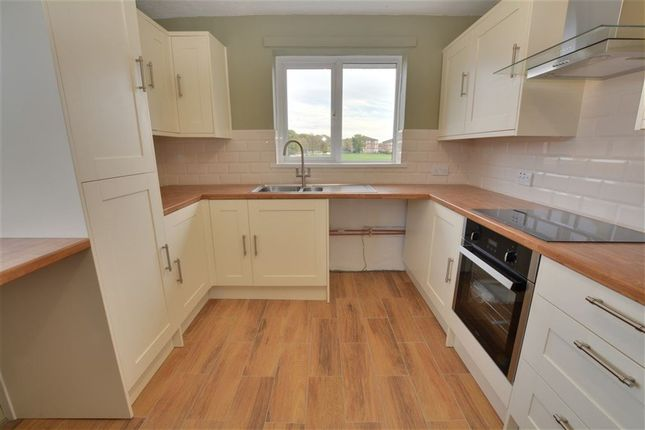 Thumbnail Flat to rent in Top Fold, Fairburn, Knottingley