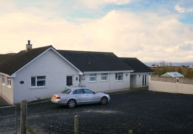Thumbnail Bungalow for sale in Kilmuir, Portree