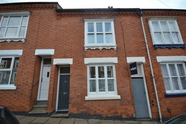 3 bed terraced house to rent in Adderley Road, Clarendon Park, Leicester