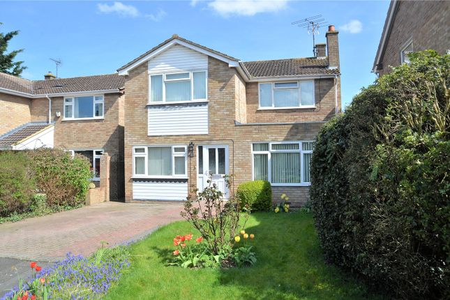 3 bed detached house for sale in Blatchs Close, Theale, Reading, Berkshire