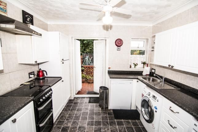 Thumbnail Semi-detached house for sale in Purfleet, Essex