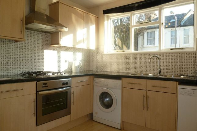 3 bed terraced house to rent in Eversleigh Road, Battersea, London