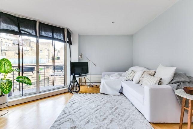Living Area of Rose Court, 8 Islington Green N1
