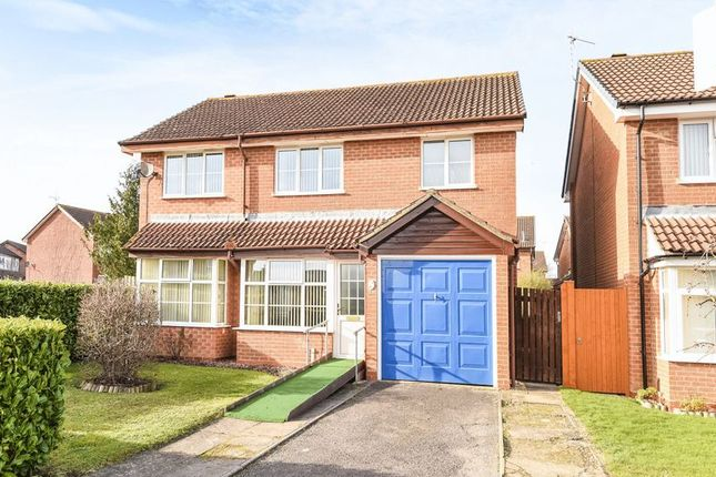 Thumbnail Detached house for sale in Minchins Close, Abingdon