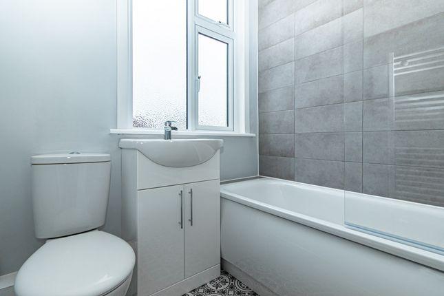 Bathroom of South Avenue, Southend-On-Sea SS2