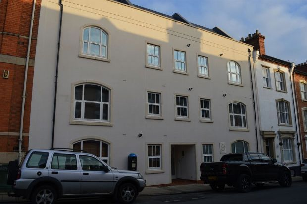 Thumbnail Flat to rent in 52-56 Hazelwood Road, Town Centre, Northampton