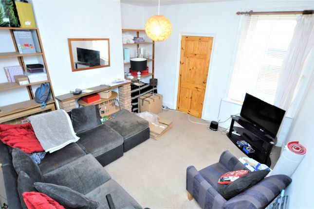 Thumbnail Flat to rent in William Street, Gosforth, Newcastle Upon Tyne