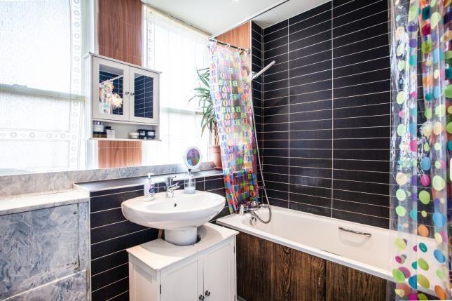 Bathroom of Wyre Court, 71-73 West End Court, Morecambe, Lancashire LA4